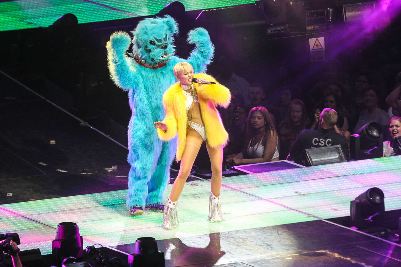 Miley Cyrus 2014 : Miley Cyrus: Bangerz Tour in Washington -70