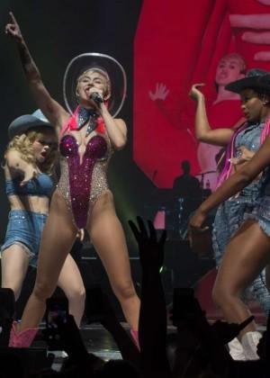 Miley Cyrus: Bangerz Tour in Adelaide -27
