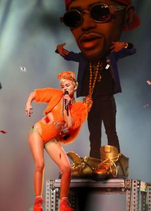 Miley Cyrus - Bangerz Tour in Perth -28