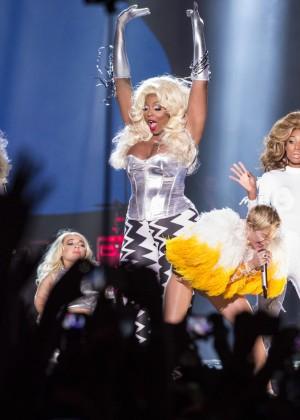 Miley Cyrus: Bangerz Tour in Rio de Janeiro -04