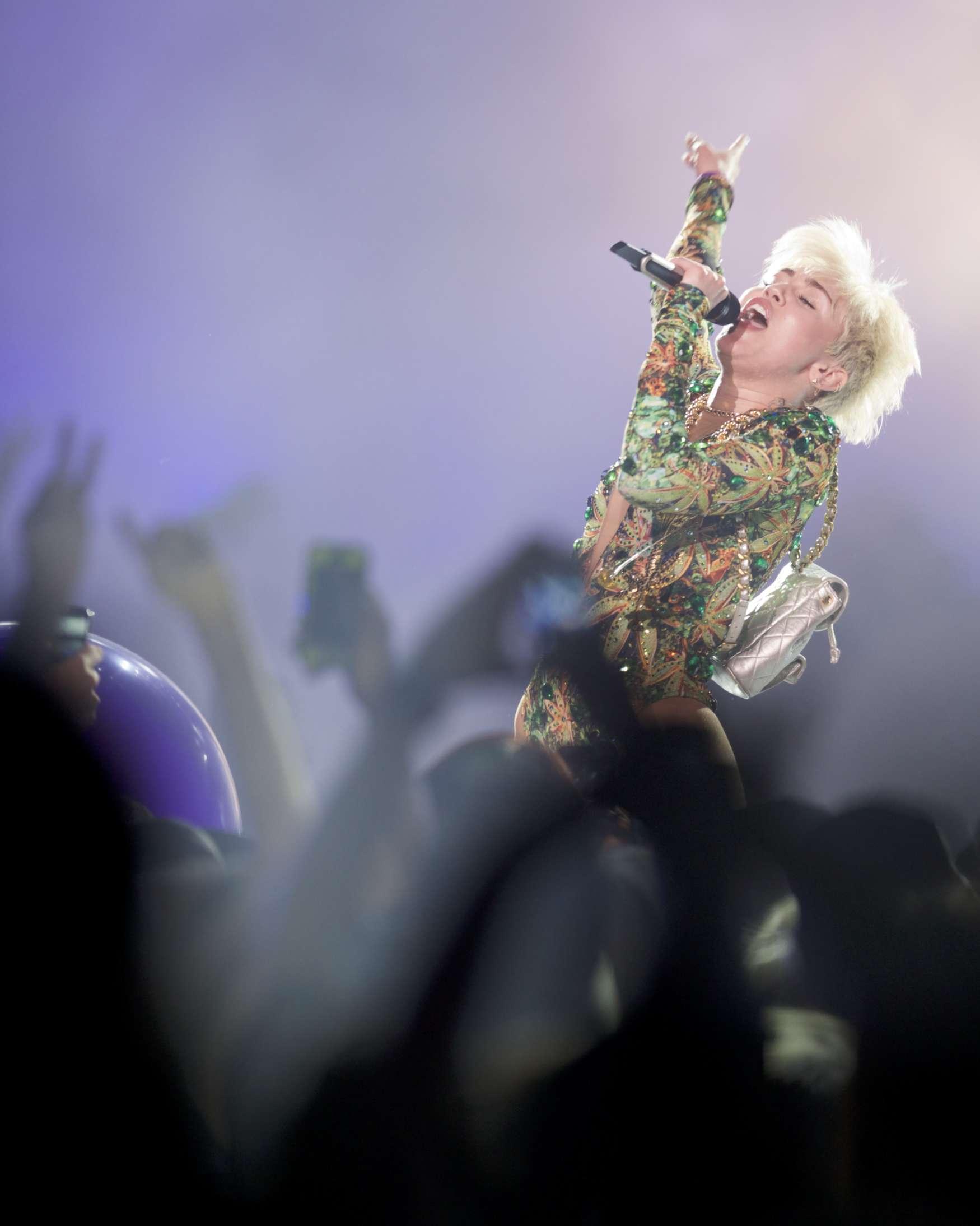 Tour Miley Cyrus