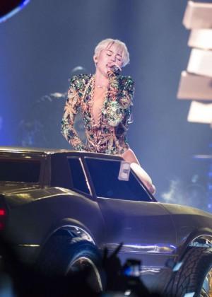 Miley Cyrus: Vancouver 2014 -46