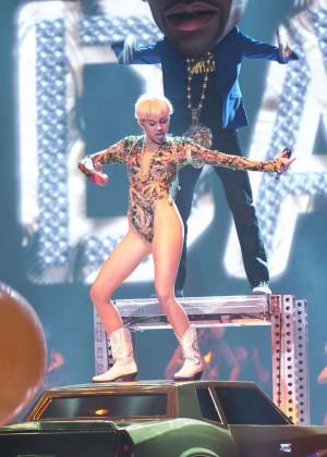 Miley Cyrus: Vancouver 2014 -53