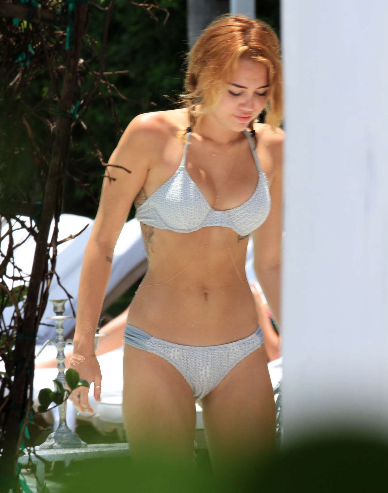Miley Cyrus 2012 : Miley Cyrus – Bikini in Miami-31