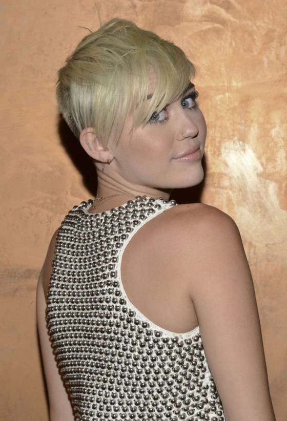 Miley Cyrus – City Of Hope Gala in Los Angeles