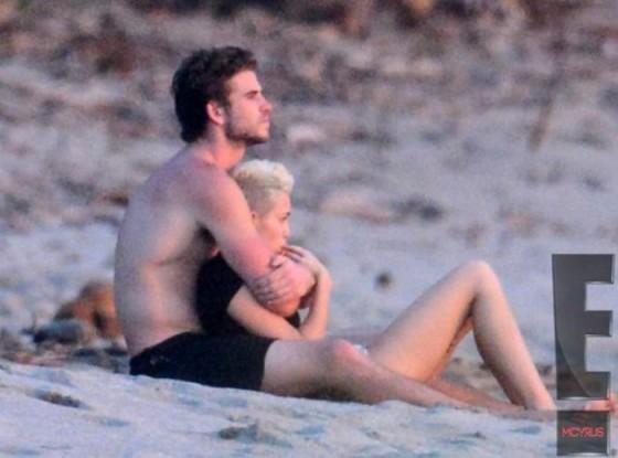 Miley Cyrus – Costa Rica Beach candids