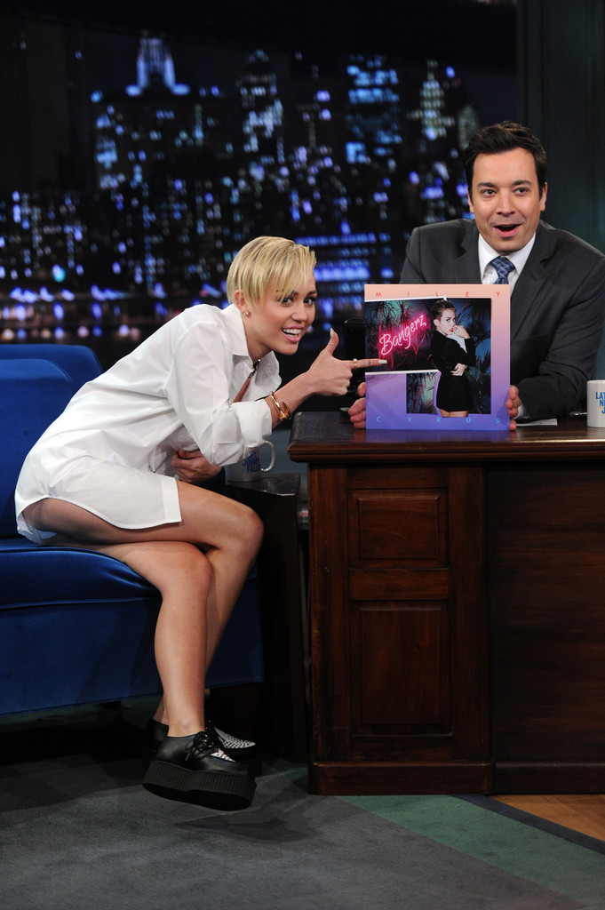 Miley Cyrus Late Night With Jimmy Fallon Full Size