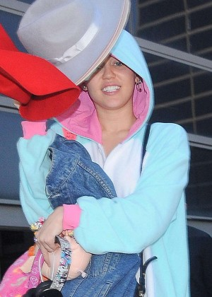 Miley Cyrus - LAX Airport in LA