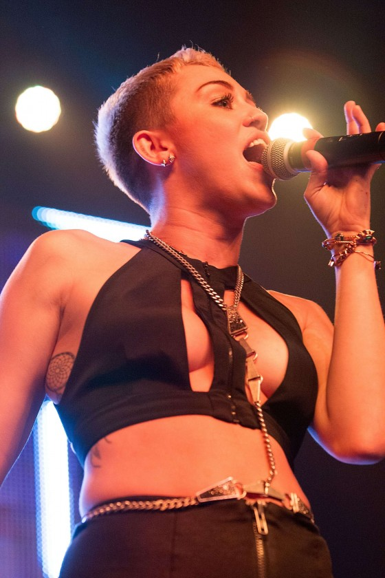 Miley Cyrus - Live at Borgore's Christmas Creampies Concert