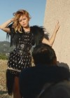miley-cyrus-marie-claire-photoshoot-video-caps-02