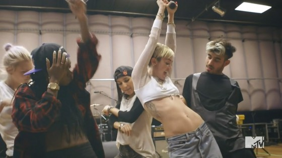 Miley Cyrus: Miley: The Movement Trailer Video -04