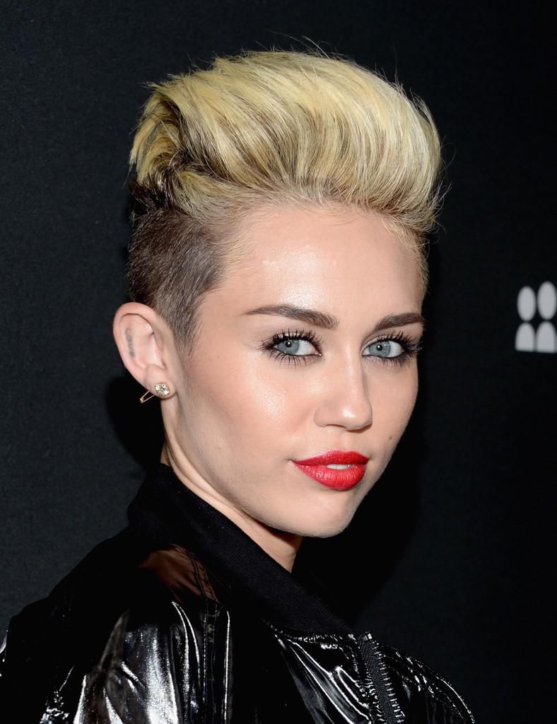 Miley Cyrus Myspace Launch Event 2013 07 Gotceleb