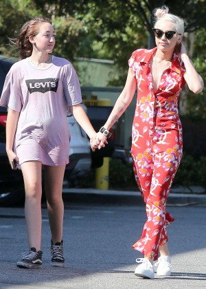 Miley Cyrus out and about in Studio City -13