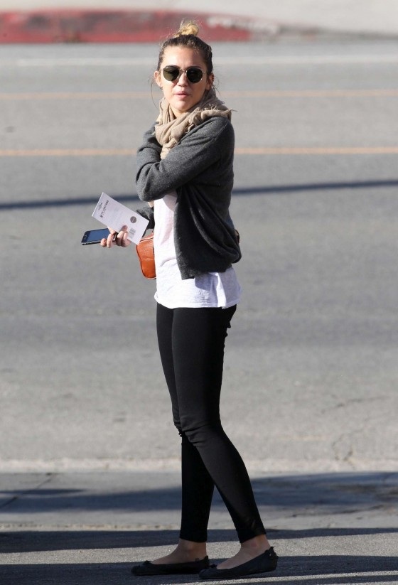 Miley Cyrus Candids in Studio City-06