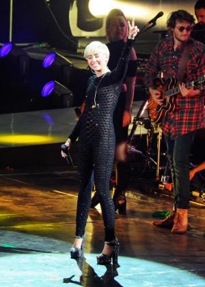 Miley Cyrus 2014 Holland -18