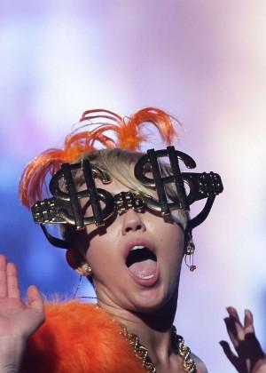Miley Cyrus - Bangerz Tour in Sydney -07
