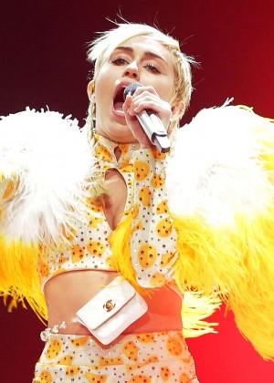Miley Cyrus - Bangerz Tour in Sydney -10