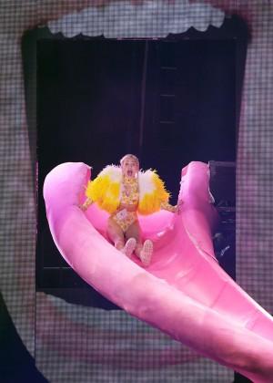 Miley Cyrus - Bangerz Tour in Sydney -12