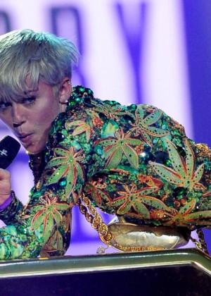 Miley Cyrus: Bangerz Tour in Las Vegas 2014 -08