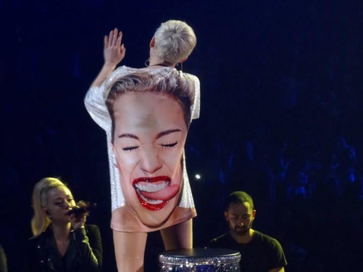 Miley Cyrus Bangerz Tour Las Vegas