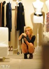 Miley Cyrus - Shopping-12