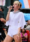 Miley Cyrus Today Show 2013 -08
