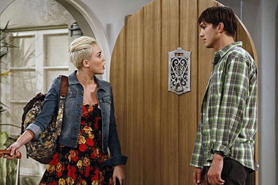 Miley Cyrus – Two and a Half Men-01