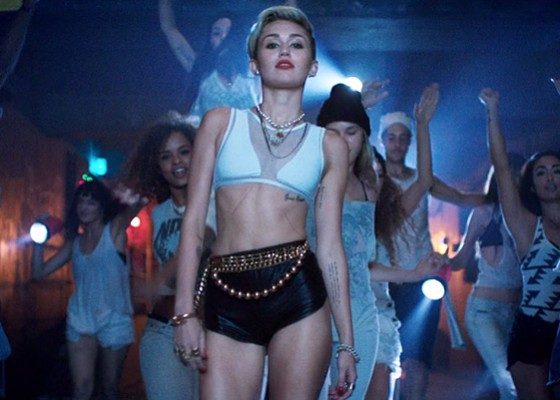 Miley Cyrus - VMA Promos and Behind The Scenes (2013)-06