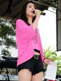 miranda-cosgrove-at-fms-mega-jam-at-county-fair-entertainment-park-in-medford-july-2010-02