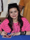 miranda-cosgrove-at-fms-mega-jam-at-county-fair-entertainment-park-in-medford-july-2010-03