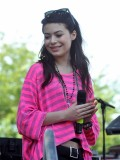 miranda-cosgrove-at-fms-mega-jam-at-county-fair-entertainment-park-in-medford-july-2010-09