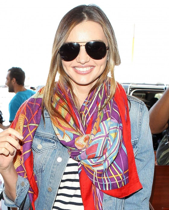 Miranda Kerr – arrives at the Los Angeles International Airport -10