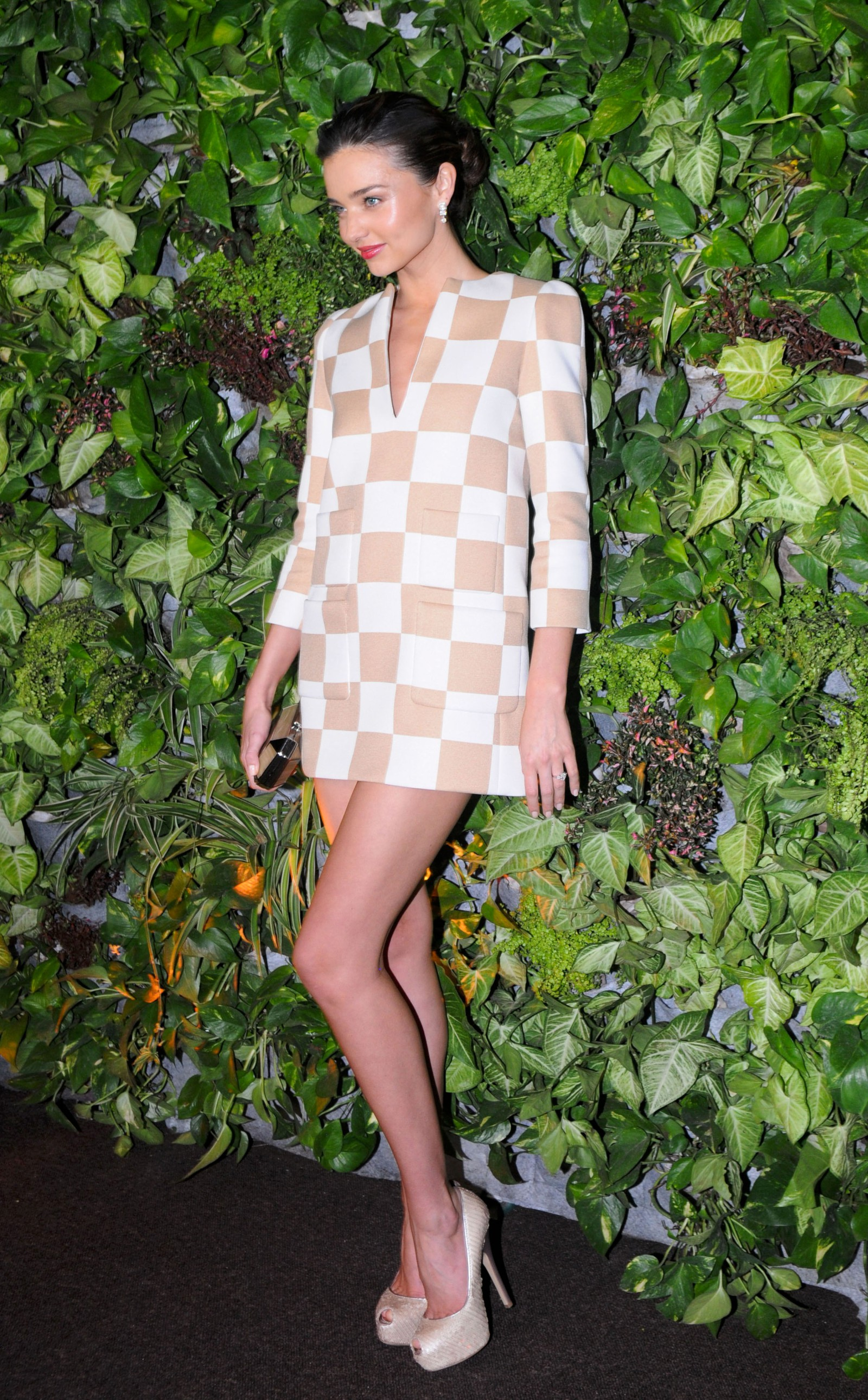 1622794bd82 Miranda Kerr at Louis Vuitton Boutique Opening -06 – GotCeleb