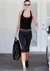 Miranda Kerr - Flashing red bra at Gym in West Hollywood-01