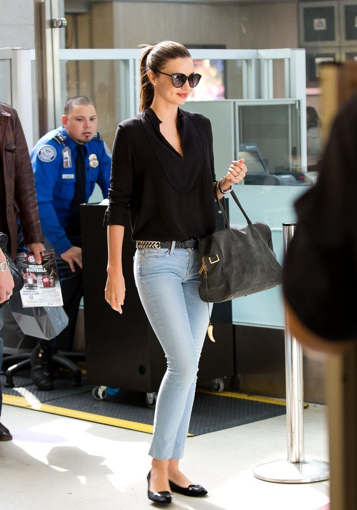 miranda kerr in jeans at lax 14 gotceleb