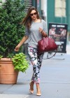 Miranda Kerr - leaves her apartment-03