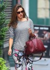 Miranda Kerr - leaves her apartment-05