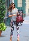 Miranda Kerr - leaves her apartment-06