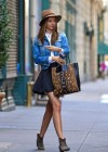 Miranda Kerr leggy in short skirt-02