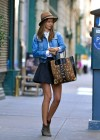 Miranda Kerr leggy in short skirt-04
