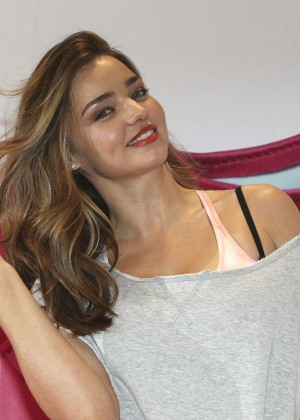 Miranda Kerr: Reebok Skyscape Launch Ceremony -02