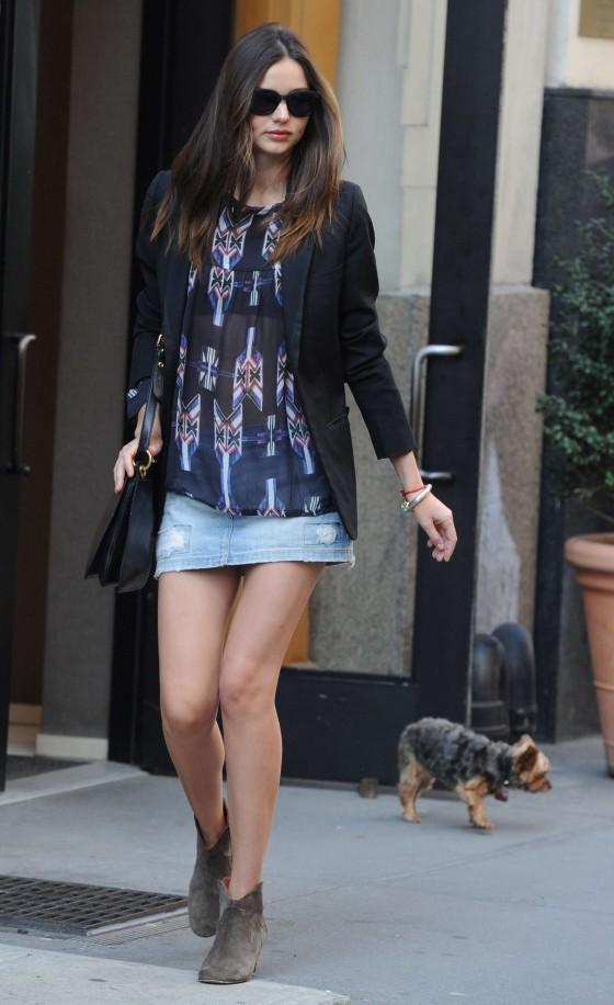 Miranda Kerr Legs in NY-06 - GotCeleb Hilary Duff Mean