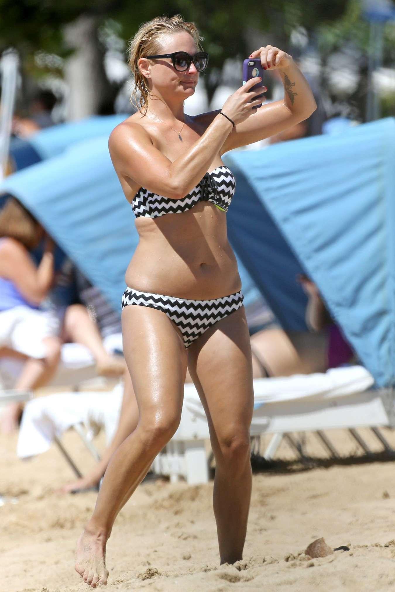 Miranda Lambert In Bikini 04 Gotceleb