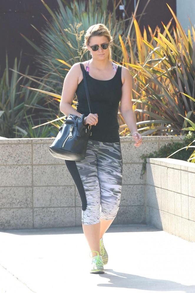 Mischa Barton in Leggings out Shopping in Venice Beach