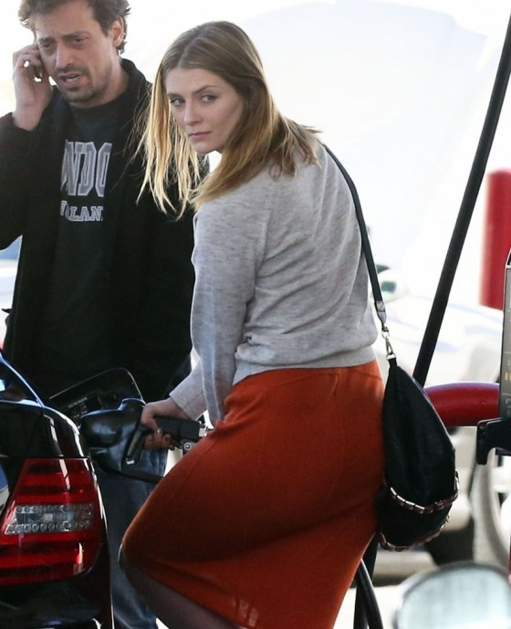 Mischa Barton Wearing red skirt at a gas station in Studio City
