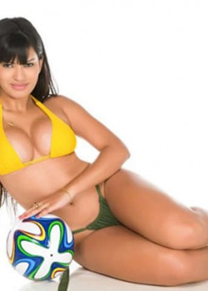 Hot Girls Brazil World Cup 2014: Miss Bum Bum  -10