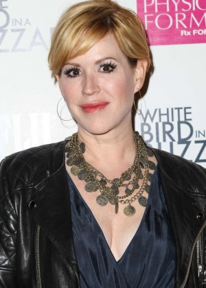"""Molly Ringwald - """"White Bird in a Blizzard"""" Premiere in Los Angeles"""