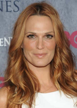 Molly Sims: Game of Thrones NY Premiere -02