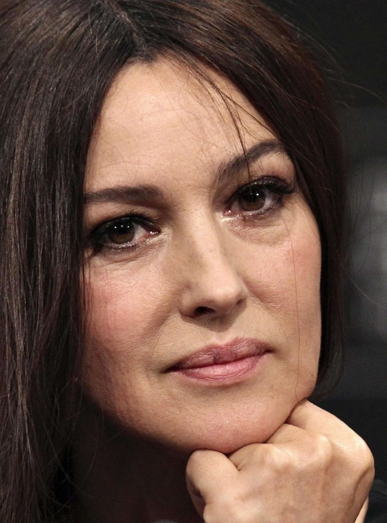 http://www.gotceleb.com/wp-content/uploads/celebrities/monica-bellucci/2012-60th-san-sebastian-iff/Monica%20Bellucci%20-%202012%2060th%20San%20Sebastian%20IFF-10-560x756.jpg