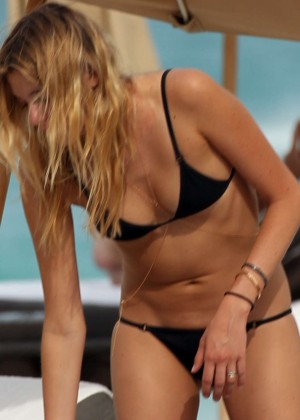 Monica Sims Bikini Photos: 2014 in Miami -04